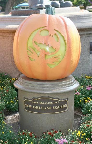 halloween-time-at-disneyland-resort-jack-pumpkin