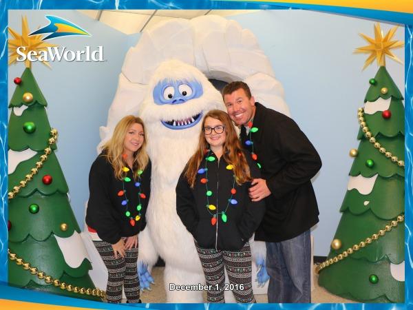 seaworld-christmas-celebration-us-with-bumble