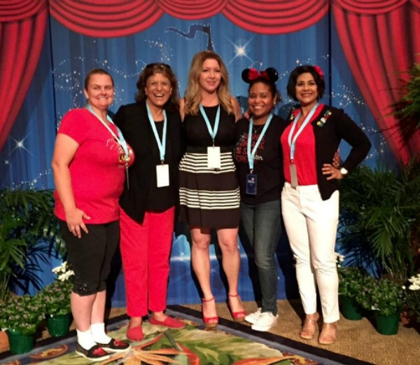 disney-social-media-moms-on-the-road-2016