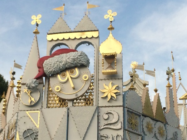 holidays-at-disneyland-resort-its-a-small-world-2
