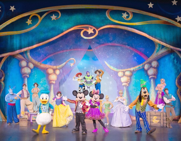 disney-live-mickey-and-friends-cover
