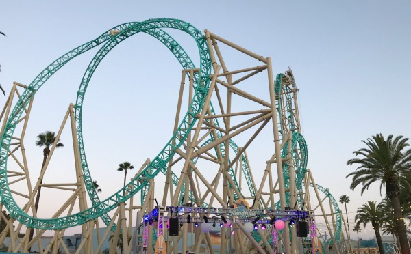 knotts-hangtime-at-dusk